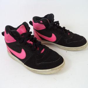 Nike Black & Pink Athletic Shoe 2Y CL1057 0619